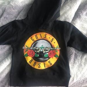 NWOT Toddler Size 2T Guns and Roses Sweatshirt